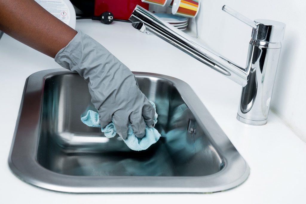 Sauber machen und Gerüche entfernen